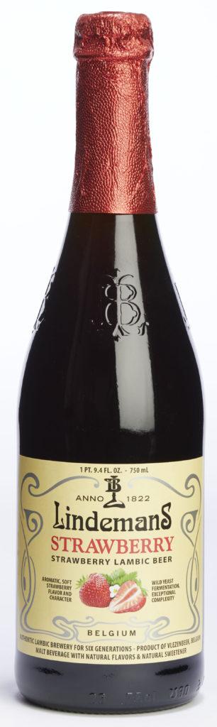 lindemans strawberry 750ml bottle 1376x4608